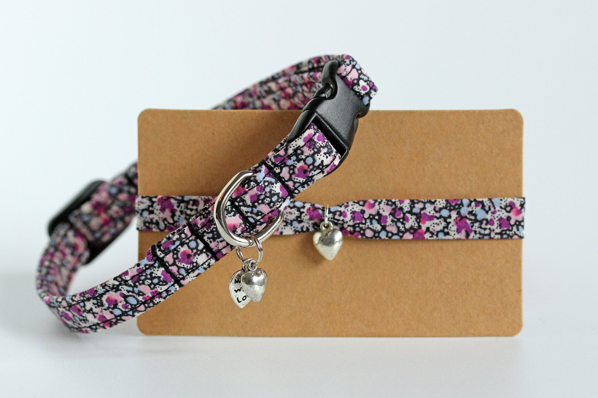 https://www.etsy.com/uk/listing/450564372/liberty-fabric-small-dog-or-puppy-collar?ref=shop_home_active_8